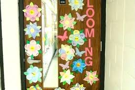 doors decoration thanksgiving door decorations for high school popcorn decorated display ideas