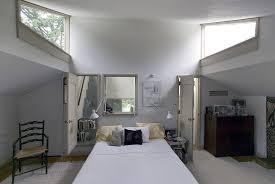 vanna venturi house bedroom