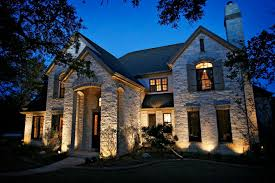 professional outdoor lighting makes a big difference
