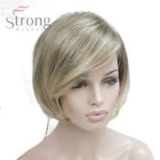 Blonde Korte Bob Kapsels