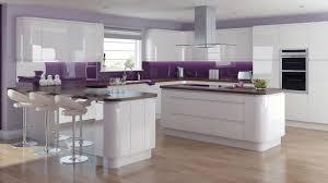 High Gloss White Kitchen Using High Gloss Tiles For Kitchen Is Good Interior Design