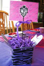 birthday-party-table-decoration