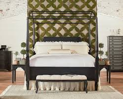 King Carriage Bedroom Group