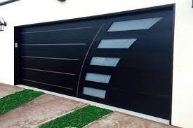 modern garage doorContemporary