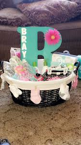 Gift Basket Wrapping Ideas Best 25 Baby Gift Baskets Ideas On Pinterest Baby Shower Gift