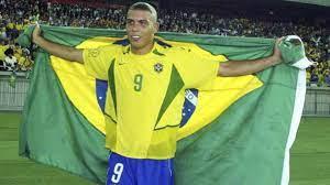 """Es war schrecklich!"""": Der wahre Grund für Ronaldos legendäre Frisur von  2002"""