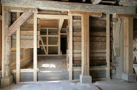 In unserem fachwerkhaus liegen die lattungen / dielen direkt auf sand. Traditionell Sanierung Eines 430 Jahre Alten Fachwerkhauses In Arnstadt Bauhandwerk