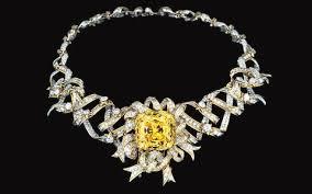 Yellow Diamond Vs White Diamond How Do Diamonds Get Their Colour