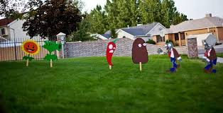 Pin by Priscilla Hicks on cumpleaños Thiago 7 in 2020   Plants vs zombies  birthday party, Zombie birthday parties, Zombie birthday party decorations