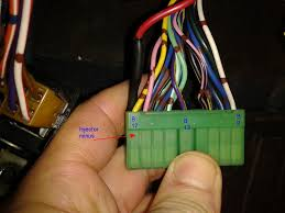my ecu is bad, now what? 1998 Suzuki Sidekick Engine Comp Fuse Box some can remove the connectors on ecu now, 98 Suzuki Sidekick Engine