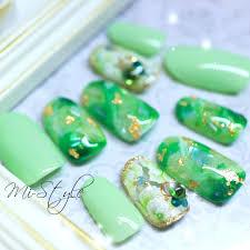 Mieko Hiramatsuさんのネイルデザイン シェルネイル シェルネイル