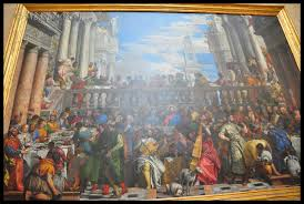 in front of last supper a massive crowd was formed wondering what people doing there i ped in it was the mona lisa painting