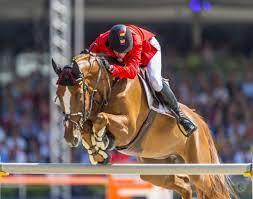 Vader Jos Verlooy koopt Cornetboy - Horses.nl