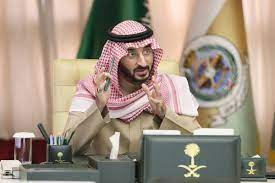 """وزارة الحرس الوطني sur Twitter : """"الأمير #عبدالله_بن_بندر وزير الحرس الوطني،  يلتقي بمدير الإدارة العامة لتقنية وأمن المعلومات بالوزارة.… """""""