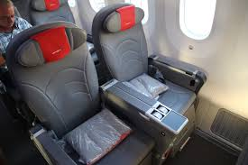 review norwegian premium cl 787 9 london to fort lauderdale one mile at a time