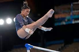 Suni Lee wins bronze in bars despite ...