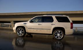 2009 Cadillac Escalade Hybrid and Platinum Models | Car News ...