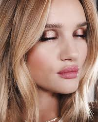grey shade will look beautiful but ordinary but it is the perfect shade to create a soft way for exle if you are a blonde with grey eyes