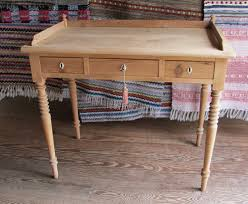 Small Writing Desk For Bedroom Writing Desk Small Hostgarcia