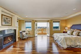 wood floor bedroom. Simple Wood Flooring Options For Master Bedrooms With Wood Floor Bedroom I