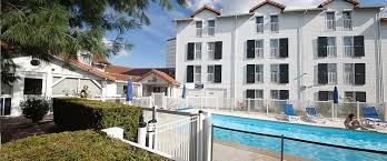 Hotel Edgar Quinet Quality Hotel Clermont Ferrand Access