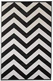 fabhabitat outdoor indoor mats rugs australia laa black and white 120x179cm
