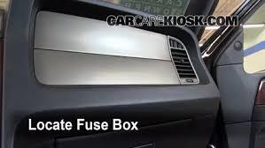 interior fuse box location 2003 2017 lincoln navigator 2011 2004 lincoln navigator fuse box interior fuse box location 2003 2017 lincoln navigator