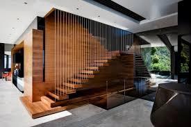 Geschlossene wangentreppe aus dunklem holz mit viel weiß und vielen extras. Treppen Designs 105 Absolute Eyecatcher Im Wohnbereich