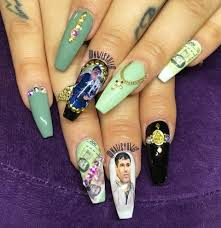 The El Chapo Manicure Turns A Drug Lord Into Nail Art