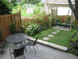 small living space philadelphia traditional-landscape