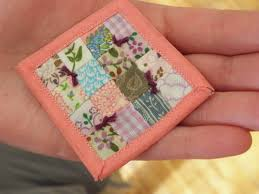 Image posts by: nessie & I hope you enjoy the tiny quilt as much as my snails do! Adamdwight.com