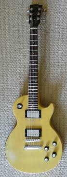 tv yellow sg. file:gibson les paul special faded tv yellow - old speed knobs were swapped with tv sg