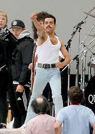 Rami Malek recreates Freddie Mercury infamous Live Aid set   Daily ...