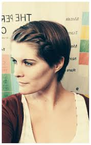 Short Layered Pixie Hairstyles For Thick Hair Winter Fit