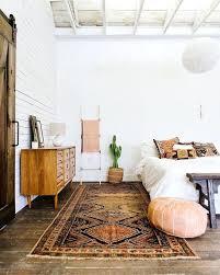 Earthy Bedroom Simple Design Inspiration