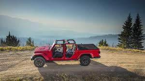 2020 Jeep Gladiator Goes Official With Best-In-Class Towing Capacity ...