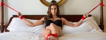 Female feet 'self bondage