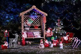 outdoor christmas lighting. Outdoor Christmas Light Scene By Dobbies (Image: Dobbies) Lighting