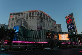 Planet Hollywood 2 Bedroom Suite Planet Hollywood Hotel Deals 20 Dollar Upgrade Trick At Ph