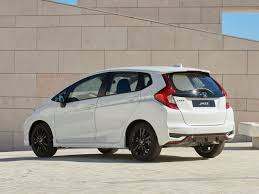 2018 honda jazz rs. simple jazz 2018 honda jazz facelift images on rs