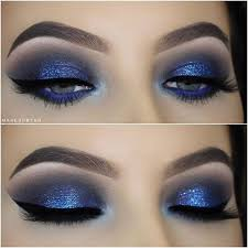 should eye makeup be chosen based on your clothes