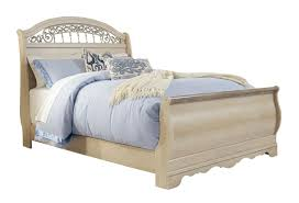 Catalina Queen Sleigh Bed in Antique White