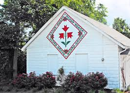Book Review | Quilt Addicts Anonymous & New barn quilt book offers much more than quilt stories Adamdwight.com