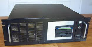 motorola 68030. the elen computer was constructed in an aluminum 19 inch rack during 1991/2. it based on a motorola 68030 processor clocked at 33mhz with 4 mbyte of