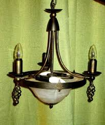 bronze gothic meval style 3 flickering candlebra bulb chandelier