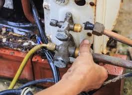 Heating, Air Conditioning, and Refrigeration Mechanics and Installers :  Occupational Outlook Handbook : U.S. Bureau of Labor Statistics