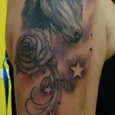 Tetování Motivy Zvířat Ruka černobílá Rameno Tetování Tattoo