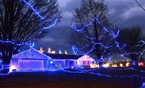 New Light Inc Greencastle Pa Christmas Light Contest Winners Decked Out In Blue