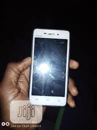 Archive: Vivo Y22 4 GB White in Mabushi ...
