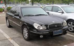 File:Hyundai Sonata EF facelift China 2012-05-13.jpg - Wikimedia ...